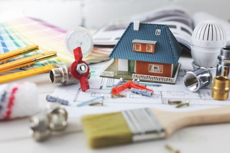 Rénovation : quel coût pour un appartement à Paris et une maison en banlieue ?